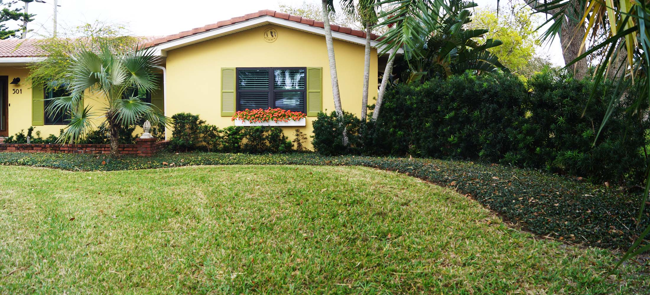 Landscape_Fertilization_Melbourne_Florida_Tropic_Greenery